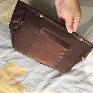 Pursen Small brown organizer
